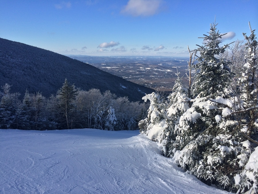 Skiing In The White Mountains Of New Hampshire